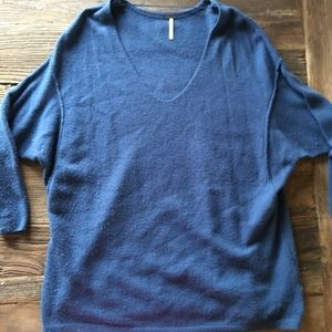 Free People | Blue Oversized V Neck Sweater M